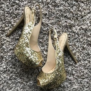 Enzo Angiolini Gold Sequin Slingback Heels size6.5